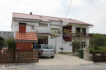 Property Ljubač (Zadar) - Accommodation 6141 - Apartments with sandy beach.