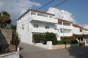 Property Pakoštane (Biograd) - Accommodation 6166 - Apartments and Rooms with pebble beach.
