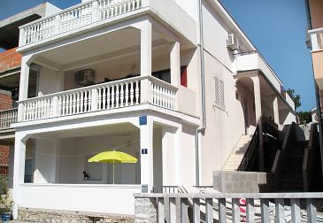 Property Sveti Petar (Biograd) - Accommodation 6174 - Apartments with pebble beach.
