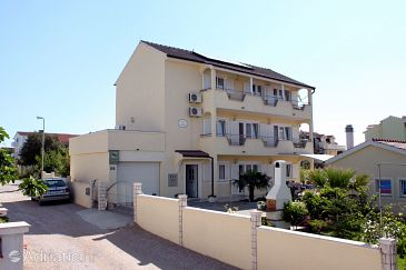 Property Vodice (Vodice) - Accommodation 6178 - Apartments with pebble beach.