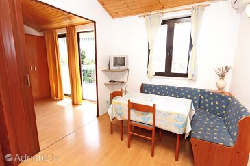 Apartment A-6181-a - Apartments Vodice (Vodice) - 6181