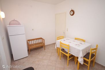 Apartment A-6185-a - Apartments Ražanac (Zadar) - 6185