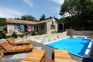 Posedarje, Novigrad, Property 6193 - Vacation Rentals blizu mora with pebble beach.