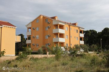 Property Biograd na Moru (Biograd) - Accommodation 6202 - Apartments and Rooms with sandy beach.