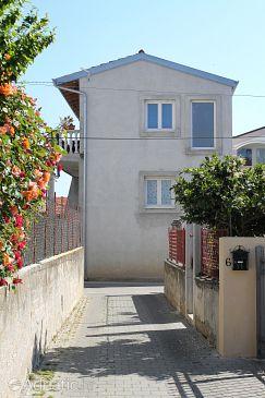 Property Zadar (Zadar) - Accommodation 6205 - Apartments with rocky beach.