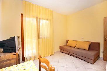 Apartament A-6209-b - Apartamenty Rovanjska (Paklenica) - 6209
