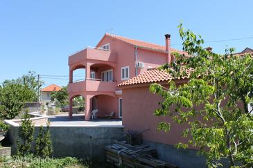 Property Tkon (Pašman) - Accommodation 6216 - Apartments with sandy beach.