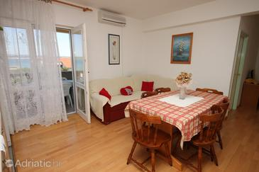 Apartment A-6217-a - Apartments Tkon (Pašman) - 6217