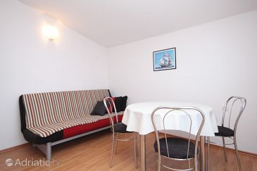 Apartment A-6224-c - Apartments and Rooms Pirovac (Šibenik) - 6224