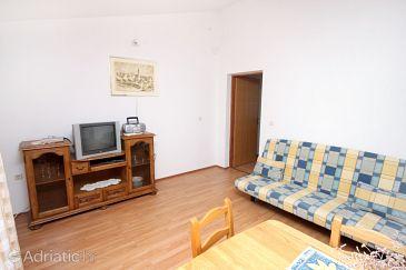 Kustići, Living room u smještaju tipa apartment, dostupna klima, dopusteni kucni ljubimci i WIFI.