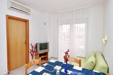 Apartment A-6331-a - Apartments Vodice (Vodice) - 6331