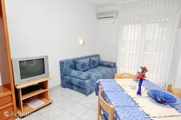 Vodice, Living room u smještaju tipa apartment, dostupna klima i WIFI.