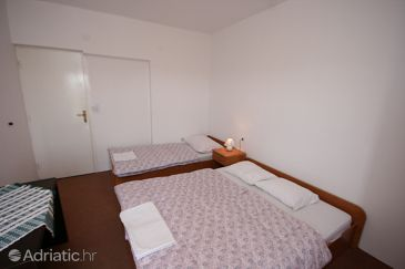 Room S-6362-g - Apartments and Rooms Povljana (Pag) - 6362