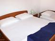 Bedroom 1 - Apartment A-6379-c - Apartments Metajna (Pag) - 6379