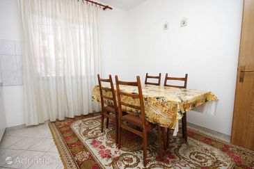 Apartment A-6409-a - Apartments Zubovići (Pag) - 6409