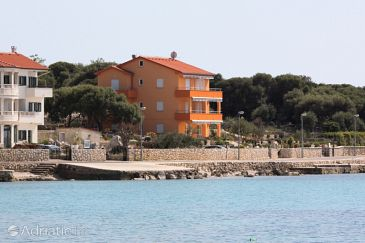 Property Lun (Pag) - Accommodation 6428 - Apartments near sea.