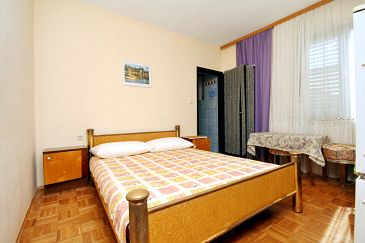 Room S-6447-a - Apartments and Rooms Pirovac (Šibenik) - 6447