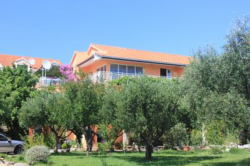 Property Orebić (Pelješac) - Accommodation 648 - Apartments with pebble beach.
