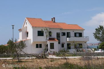 Property Povljana (Pag) - Accommodation 6502 - Apartments near sea with sandy beach.