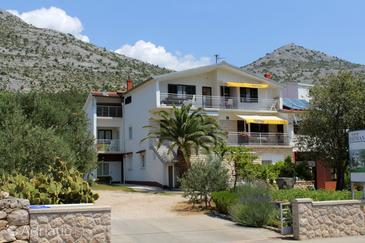 Property Starigrad (Paklenica) - Accommodation 6527 - Apartments with pebble beach.