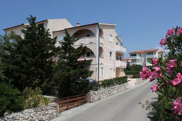 Property Novalja (Pag) - Accommodation 6551 - Apartments with pebble beach.