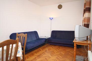 Apartament A-6563-a - Apartamenty Starigrad (Paklenica) - 6563