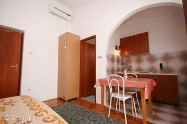 Studio flat AS-6579-b - Apartments Starigrad (Paklenica) - 6579
