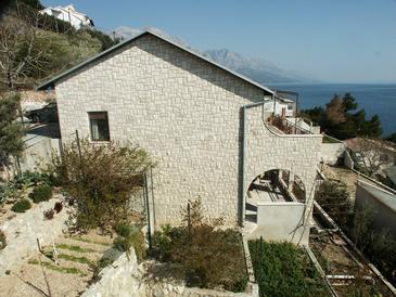 Property Pisak (Omiš) - Accommodation 658 - Apartments near sea with pebble beach.