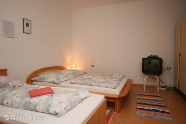Room S-6580-a - Apartments and Rooms Starigrad (Paklenica) - 6580