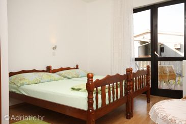 Room S-6588-b - Apartments and Rooms Starigrad (Paklenica) - 6588