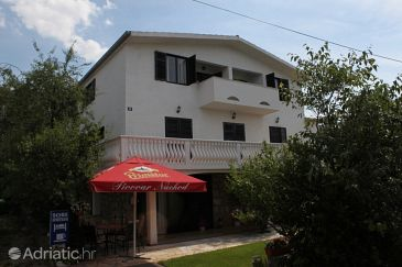 Property Starigrad (Paklenica) - Accommodation 6588 - Apartments and Rooms near sea.