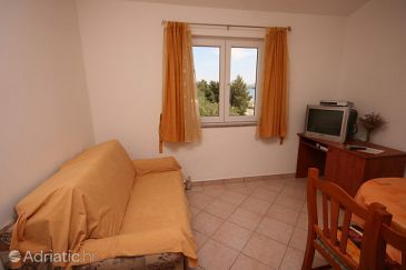 Apartment A-6608-a - Apartments Starigrad (Paklenica) - 6608