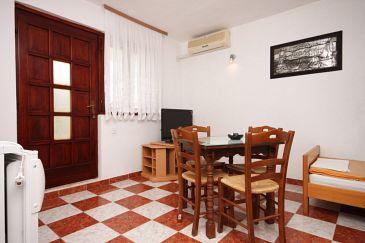 Apartment A-6618-b - Apartments Starigrad (Paklenica) - 6618