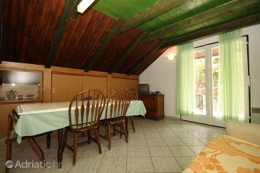 Apartment A-6626-b - Apartments Starigrad (Paklenica) - 6626