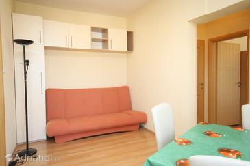 Apartment A-6632-b - Apartments Makarska (Makarska) - 6632