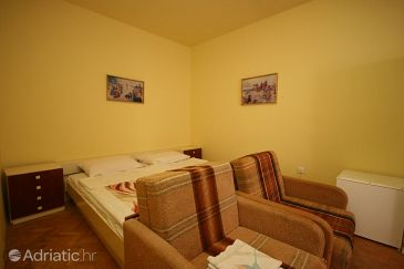 Room S-6637-i - Rooms Starigrad (Paklenica) - 6637