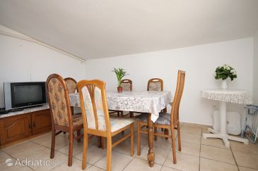 Apartment A-6647-b - Apartments Starigrad (Paklenica) - 6647