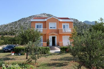 Property Starigrad (Paklenica) - Accommodation 6650 - Apartments in Croatia.