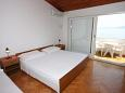 Bedroom - Studio flat AS-6653-a - Apartments Igrane (Makarska) - 6653
