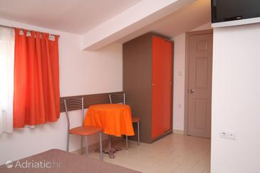 Studio flat AS-6657-b - Apartments Tučepi (Makarska) - 6657