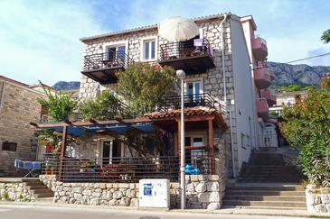 Property Gradac (Makarska) - Accommodation 6661 - Apartments near sea with pebble beach.