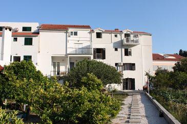 Property Drvenik Donja vala (Makarska) - Accommodation 6662 - Apartments near sea with pebble beach.