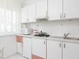 Podgora, Kitchen u smještaju tipa apartment, WIFI.