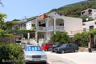 Zaostrog, Makarska, Property 6678 - Apartments blizu mora with rocky beach.