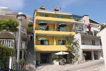 Property Živogošće - Blato (Makarska) - Accommodation 6679 - Apartments near sea with pebble beach.