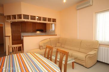 Apartment A-6694-a - Apartments Makarska (Makarska) - 6694