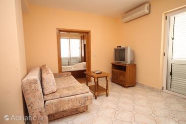 Apartment A-6694-c - Apartments Makarska (Makarska) - 6694