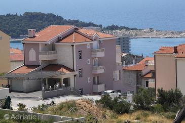 Property Makarska (Makarska) - Accommodation 6694 - Apartments with pebble beach.