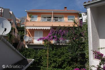 Property Podgora (Makarska) - Accommodation 6708 - Apartments near sea with pebble beach.