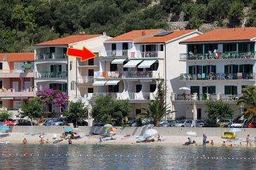 Obiekt Podgora (Makarska) - Zakwaterowanie 6713 - Apartamenty blisko morza ze żwirową plażą.